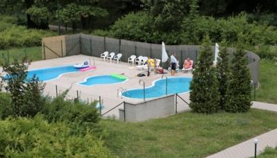zwembad-grotevakantiewoning-vakantiejuis-mladost-slovakije-slowakije-groepsvakantie-gezinsvakantie
